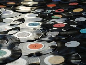 Top 10 Best Classic Rock Albums To Own On Vinyl